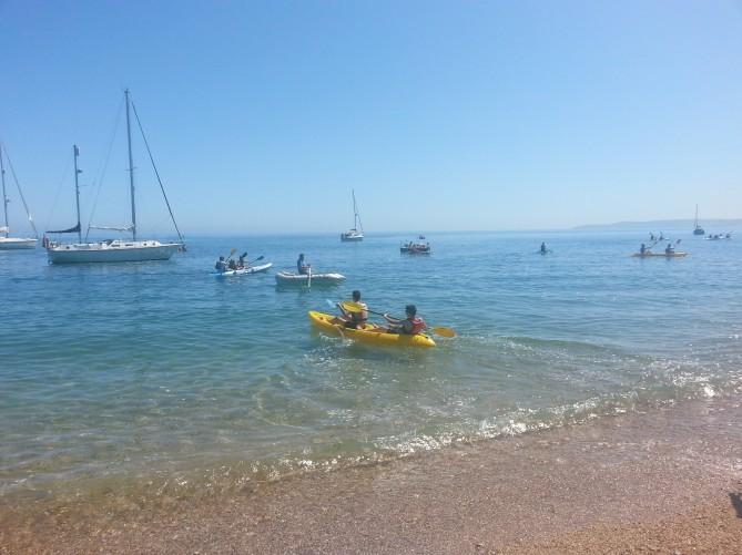 En Kayak en la playa en Inglaterra