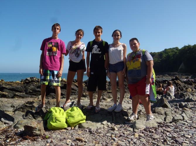 Foto de grupo en la playa
