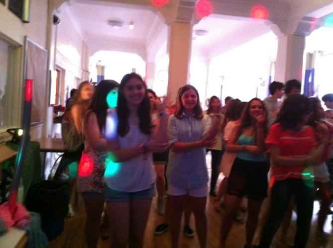 Bailando Macarena