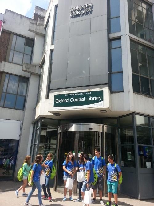Al llegar, en la biblioteca central de Oxford