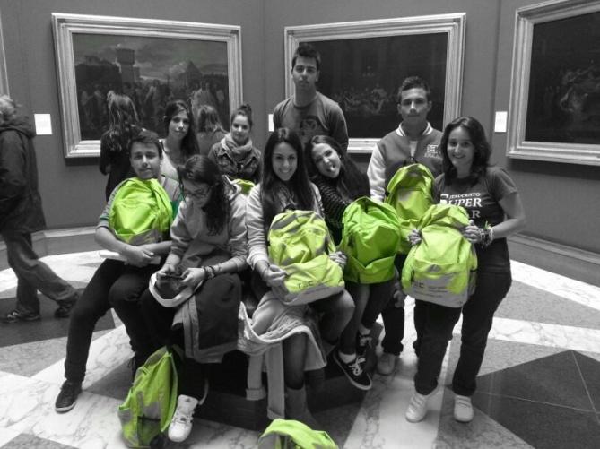 Edimburgo - grupo con mochilas
