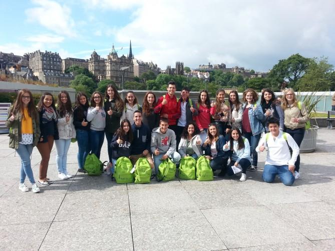 alumnos en Edimburgo