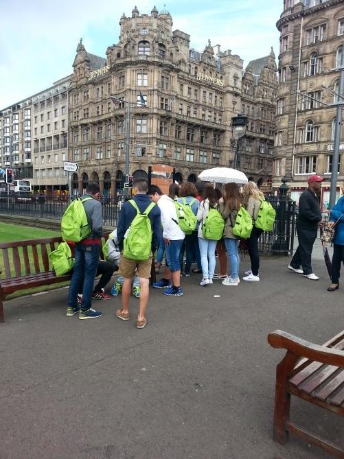 alumnos conociendo Edimburgo